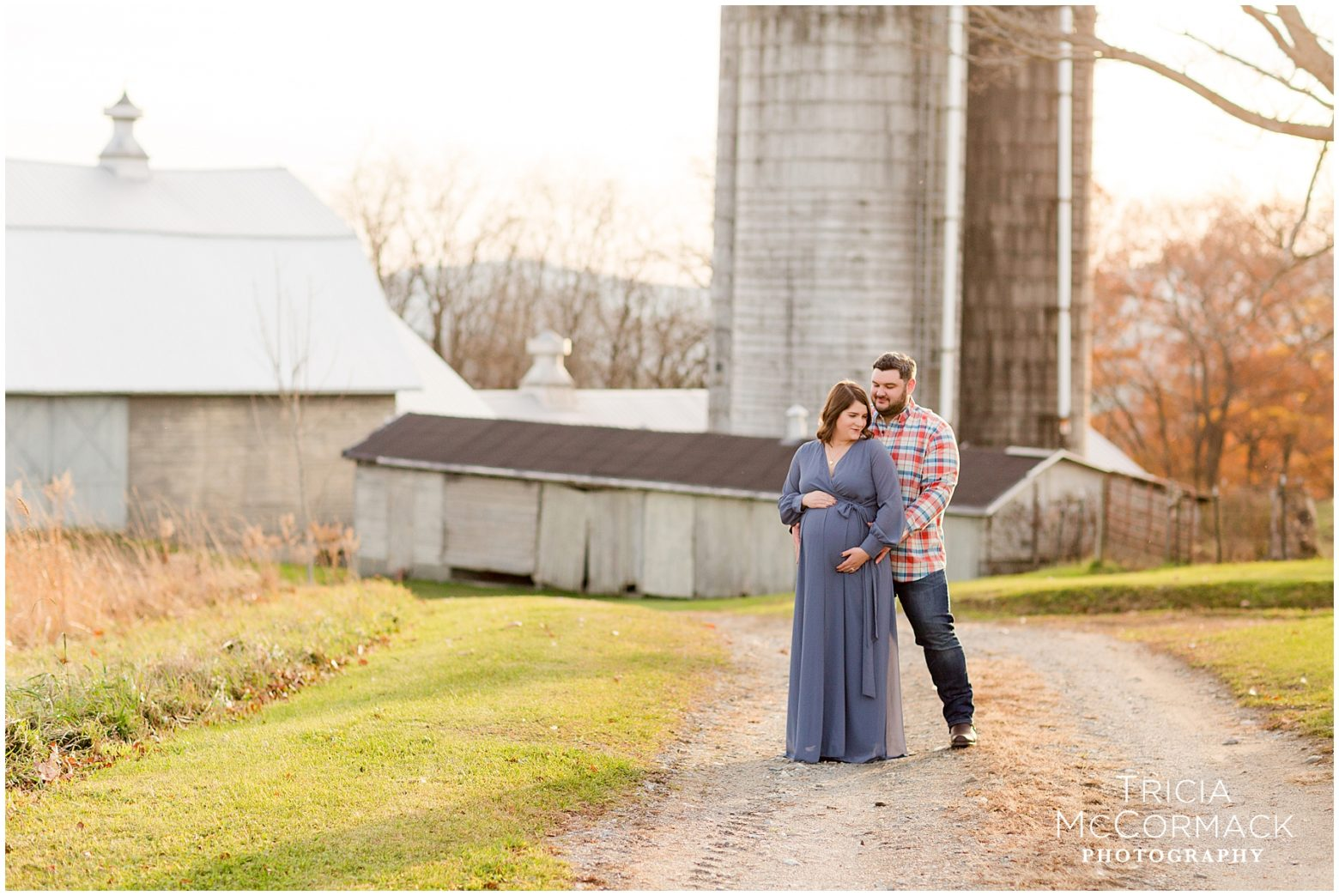 ICE HOUSE HILL FARM MATERNITY SESSION